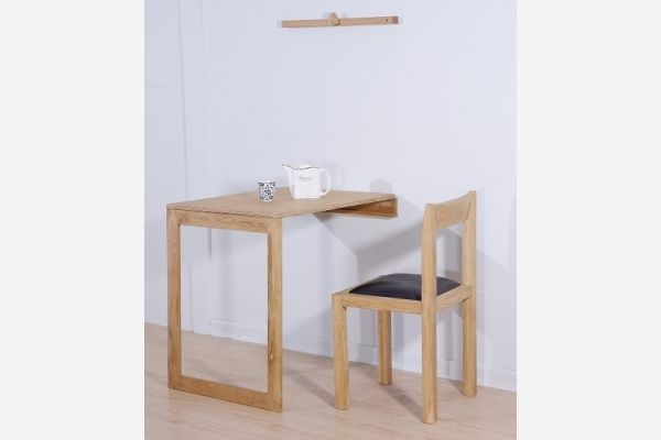 Valencia Folding Table and Chair